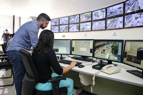 Sistema de monitoramento comercial